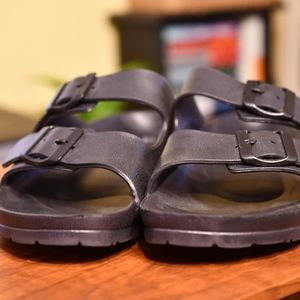 Sketchers Sandals Size 10